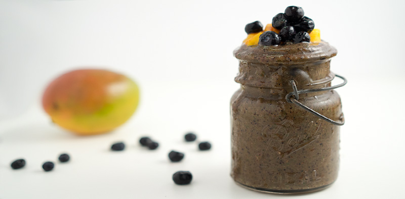 Blueberry Mango Kale Smoothie