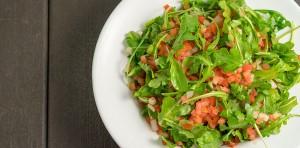 tomato arugula salad