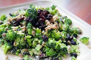 Broccoli Raisin Salad With Sunflower Dressing