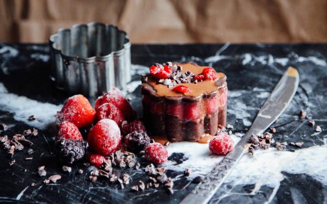 Berry Mango Chocolate Ice Cream Cookie