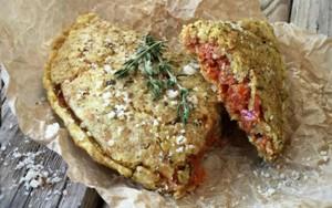 Raw Vegan Pizza Pockets FTR