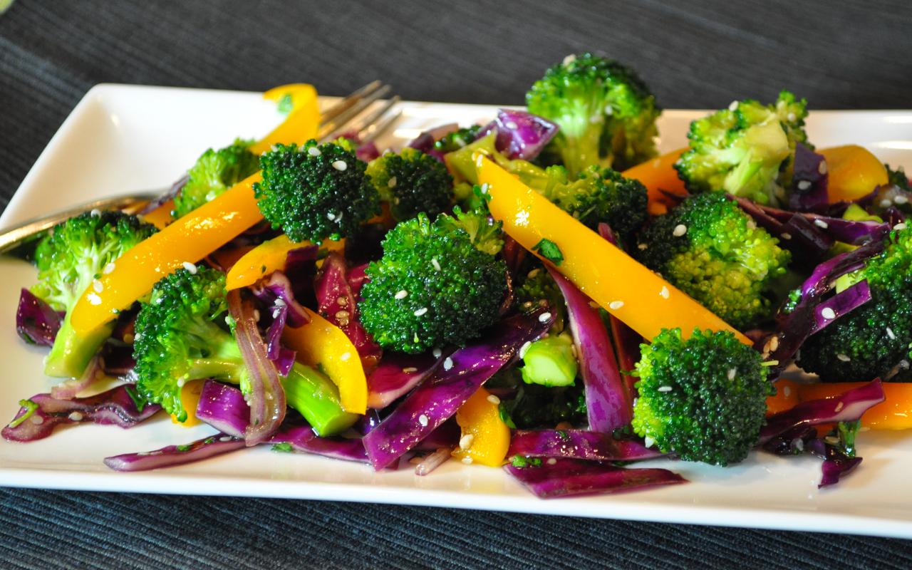 Colorful Pepper & Broccoli  Salad