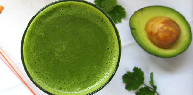 Tropical Cilantro Green Smoothie