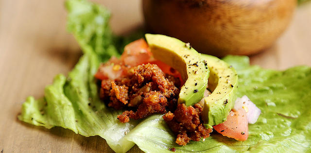 Raw Vegan Chorizo Lettuce Tacos
