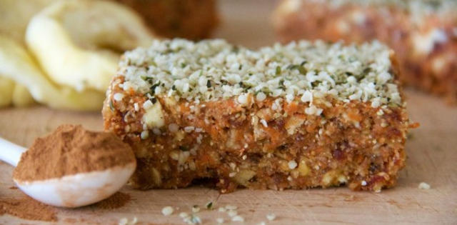 Spiced Carrot and Apple Breakfast Bars