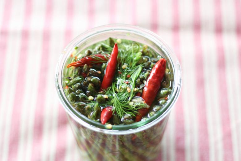 Pickled Skinny Asparagus