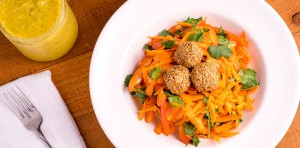 carrot walnut crunch salad