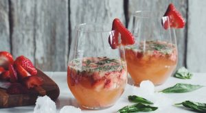 raw strawberry ginger cocktail FTR