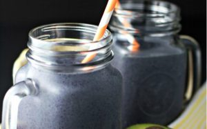 avocado-blueberry-green-smoothie-ftr