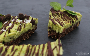 raw mint chocolate cheesecake