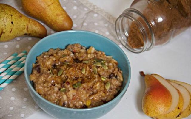 Spiced Pear Oatmeal (Sans Oats)