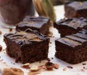 No-Bake Spicy Chocolate Brownies