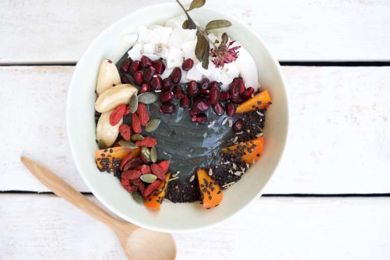 Raw Vegan Charcoal Smoothie Bowl