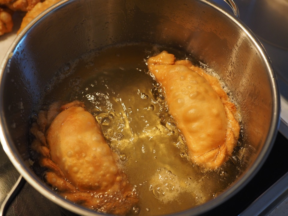 dumplings in deep fry pan