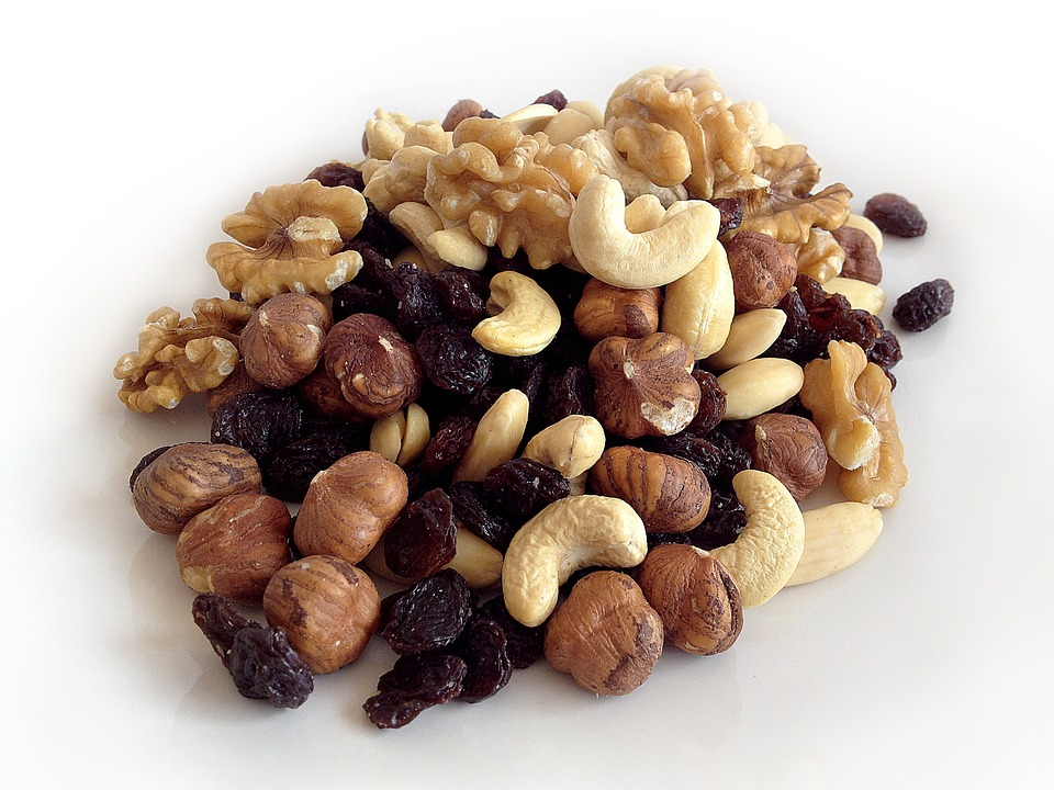 raw nuts and seeds are good for the brain