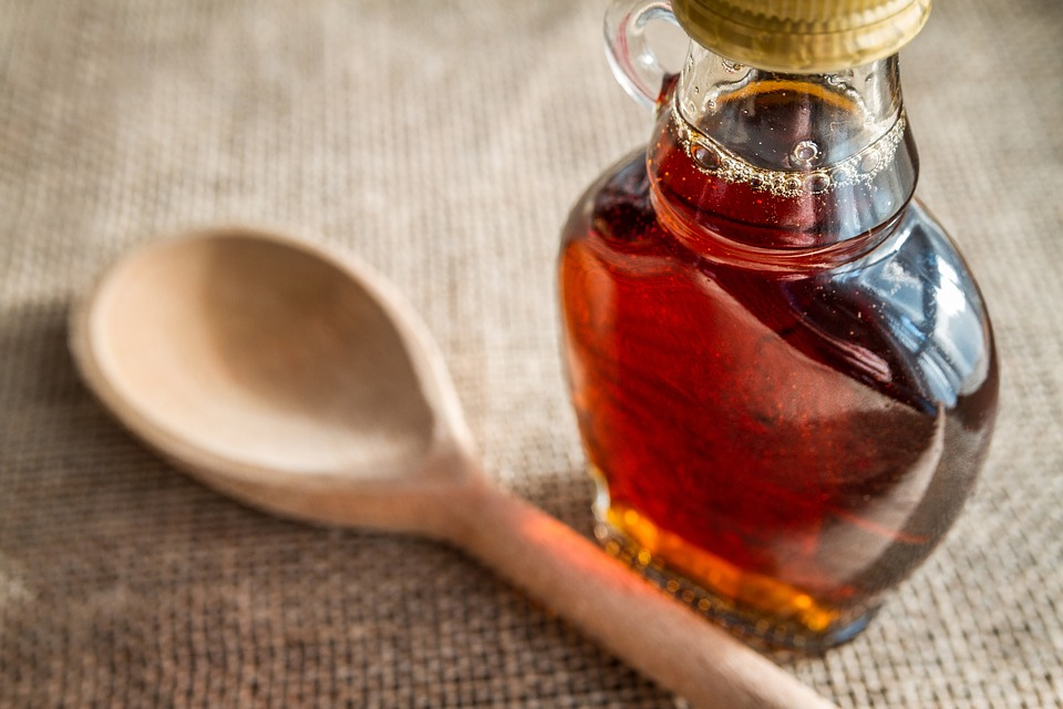 pure maple syrup as natural sweeteners