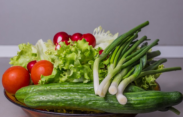 raw vegetables in a plate